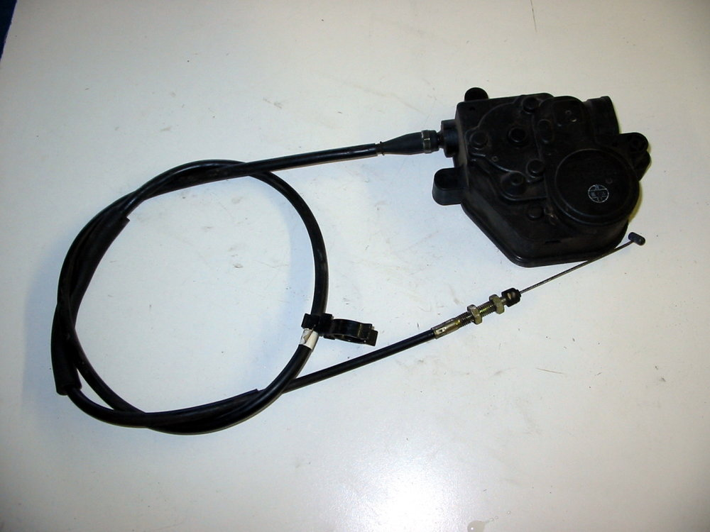 Cruise control actuator & cable (00-04 Legacy)