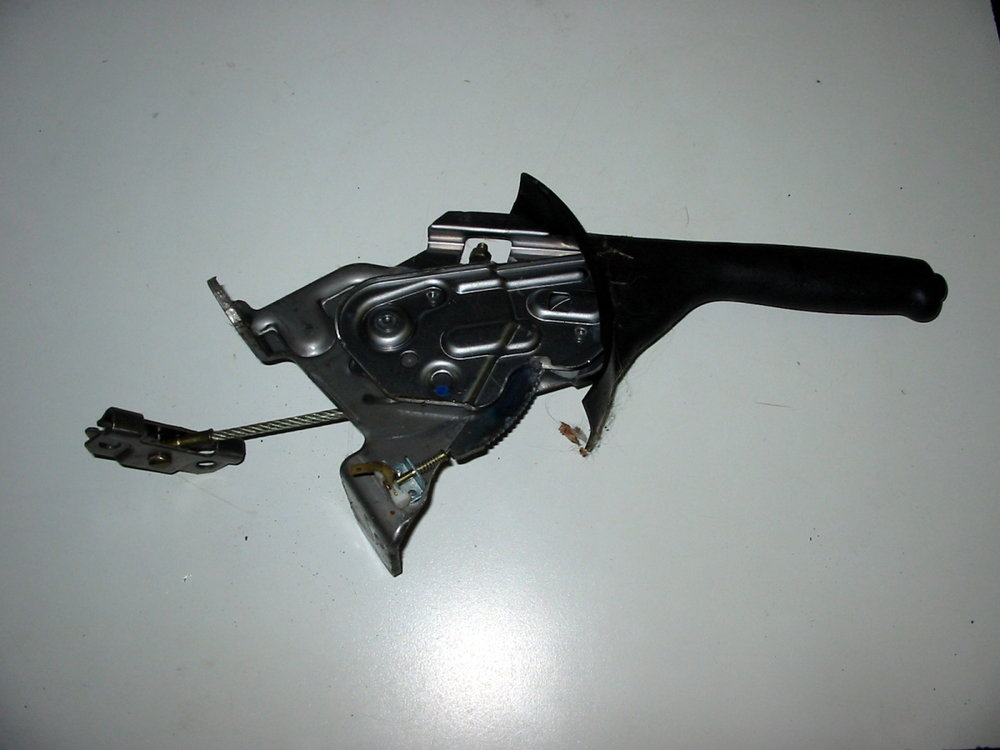E-brake handle (00-04 Legacy)