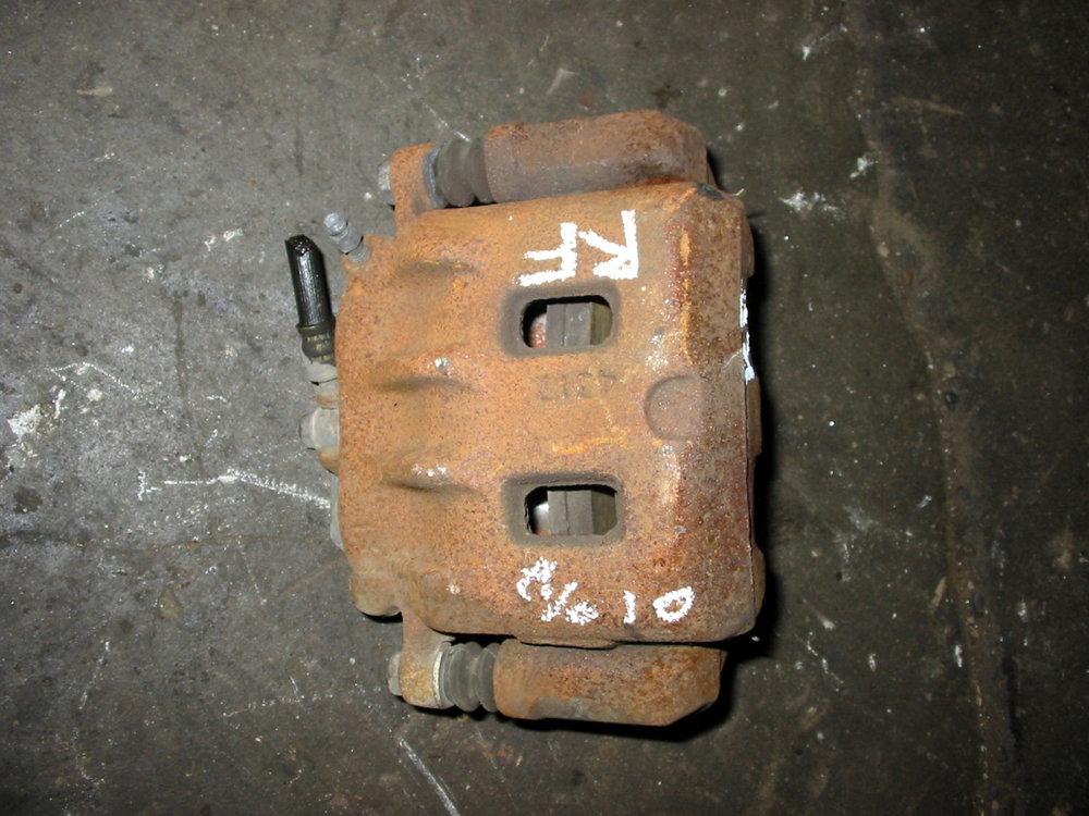 Brake caliper, RF (00-04 Legacy)