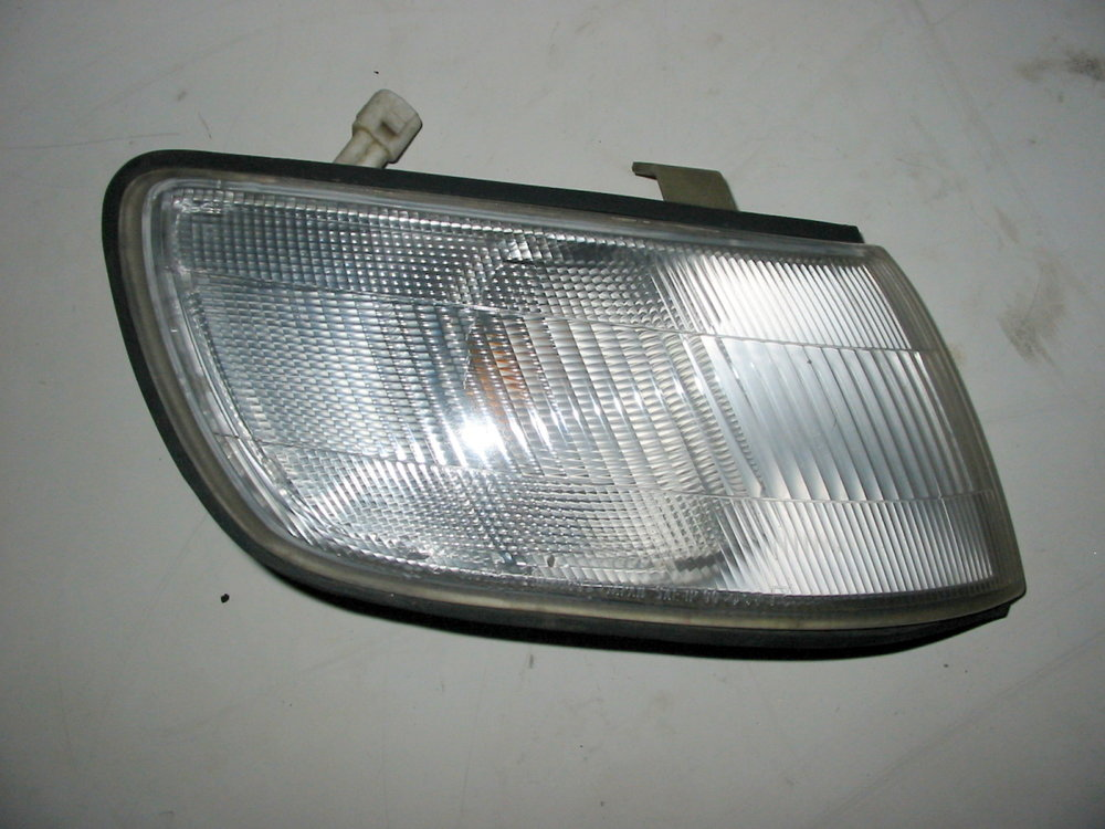 Light, front marker & turn signal, 92-94, RH (1990-1994 Legacy)