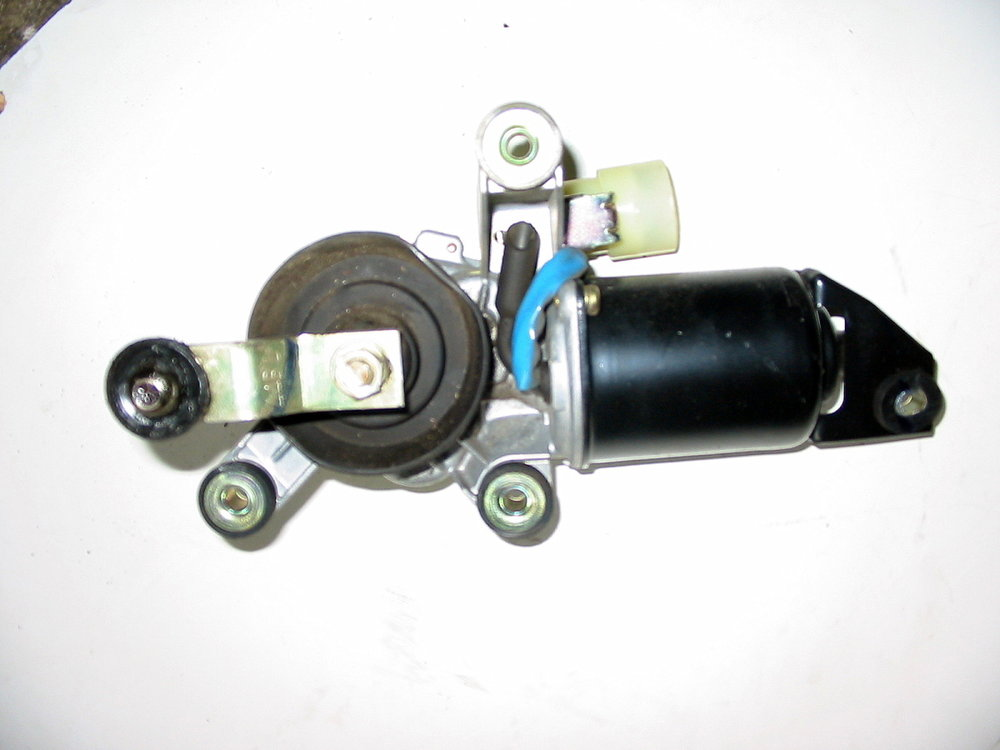 Wiper motor, front (1990-1994 Legacy)