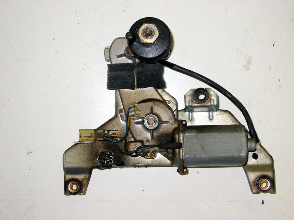 Wiper motor, rear (1990-1994 Legacy)