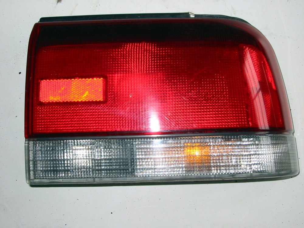 Light, taillamp assembly, sedan, 92-94, RH (1990-1994 Legacy)