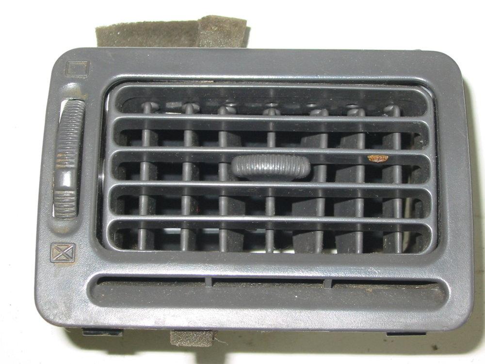 Trim, interior, dash vent, 92-94, passenger gray (1990-1994 Legacy)