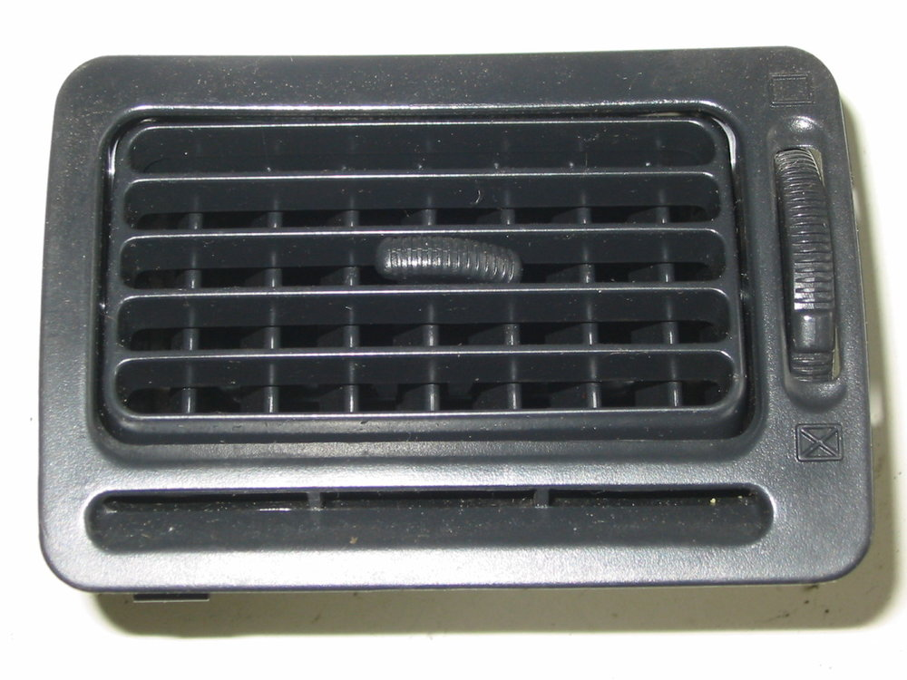 Trim, interior, dash vent, 92-94, passenger black (1990-1994 Legacy)