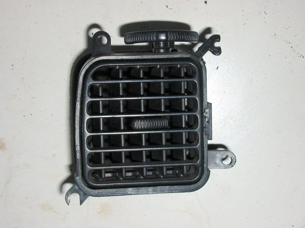 Trim, interior, dash vent, 92-94, LH driver's (1990-1994 Legacy)