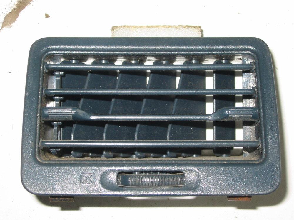 Trim, interior, dash vent, 90-91, passenger blue (1990-1994 Legacy)