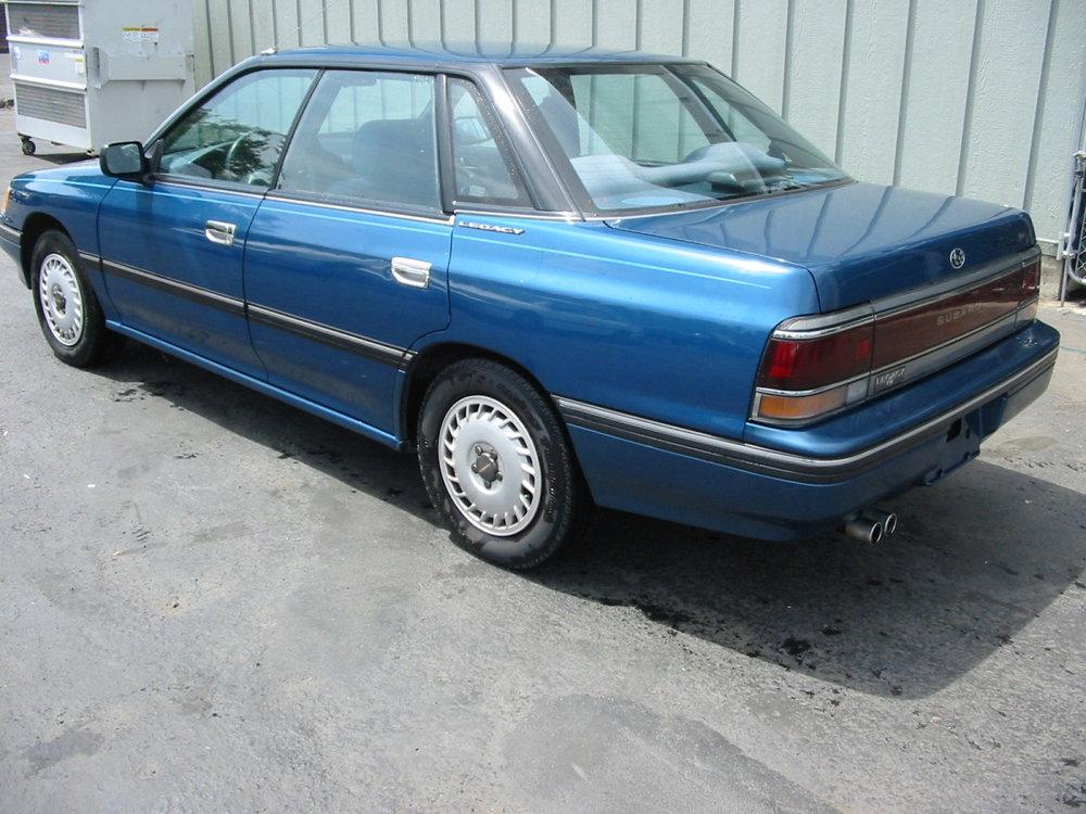1991 Subaru Legacy sedan LR