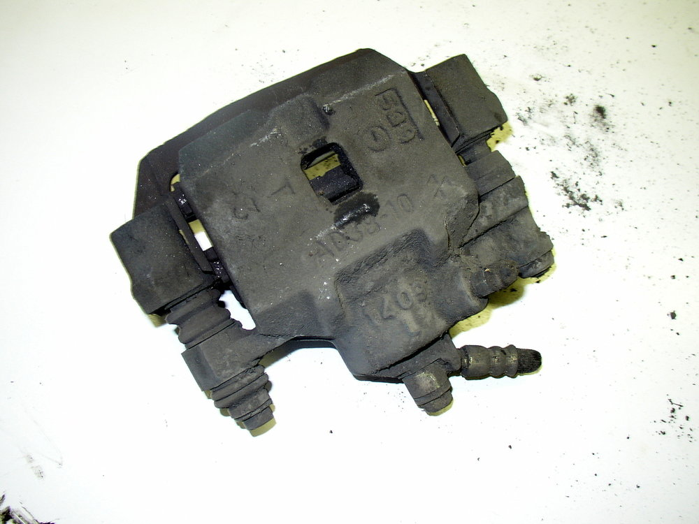 Caliper, front AD38-10 (95-99 Legacy)