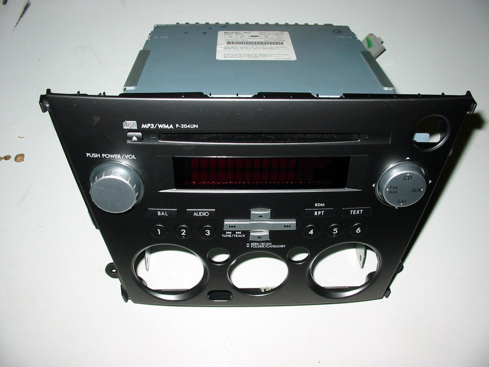Radio, AM/FM/CD/MP3/WMA