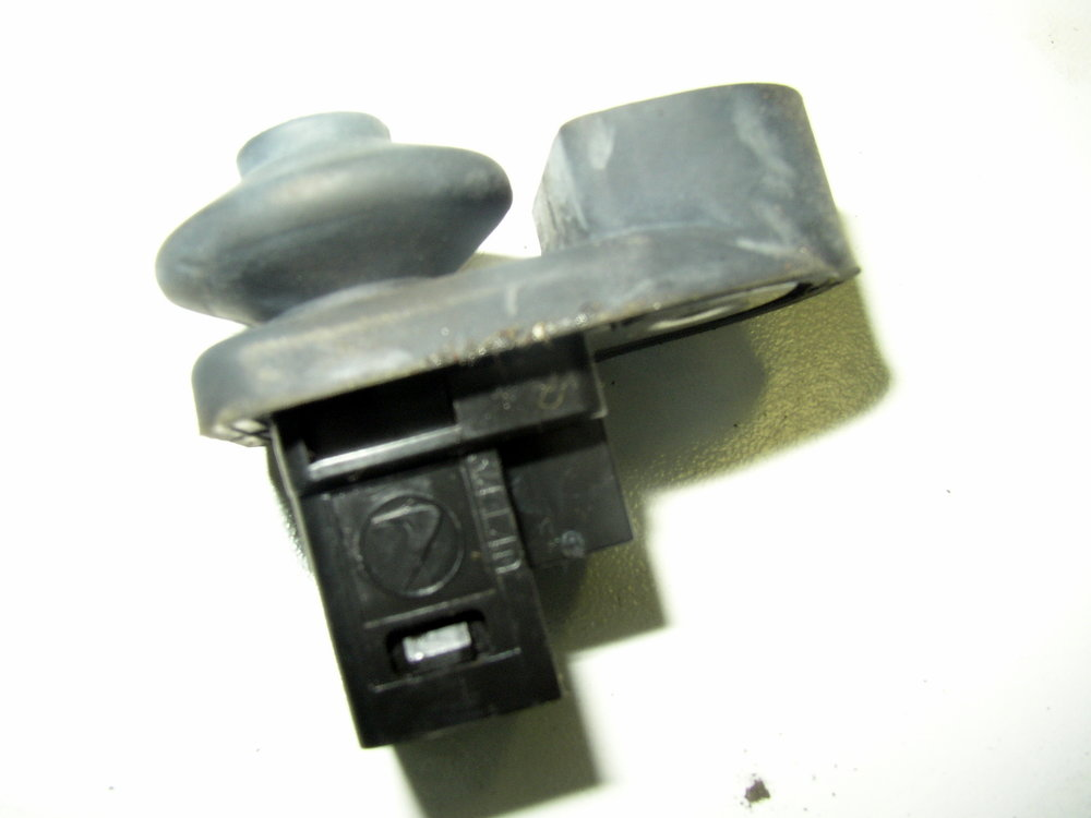 Switch, Dome Light (2002-2007 Impreza)