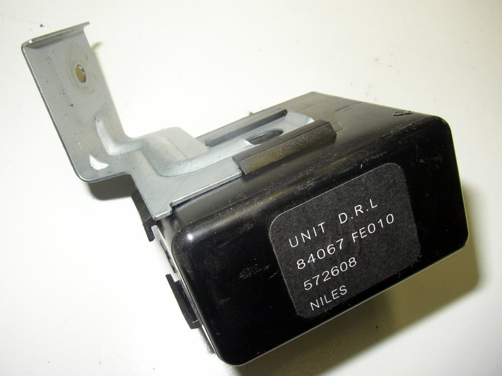 Control Unit, D.R.L (Daytime Running Lamp), #84067fe010 (2002-2007 Impreza)