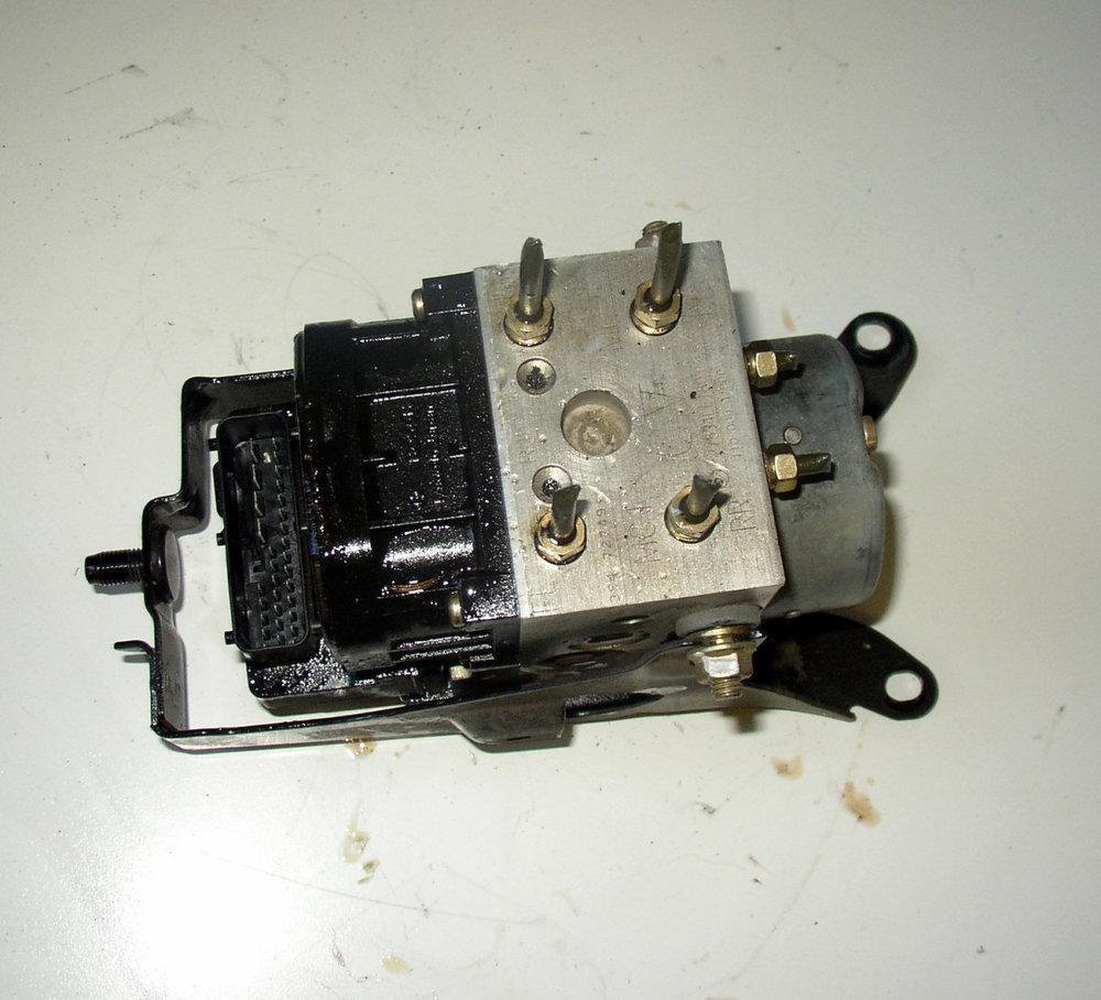 A.B.S, Pump (2002-2007 Impreza)