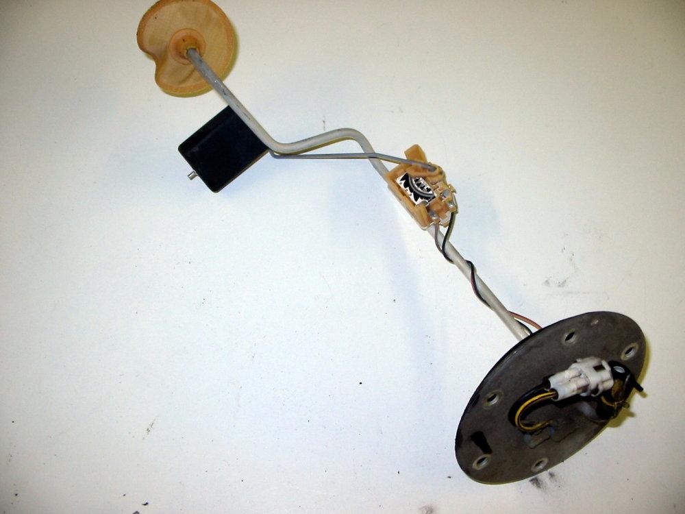 Sending unit, Transfer pump, LH (1998-2001 Impreza)