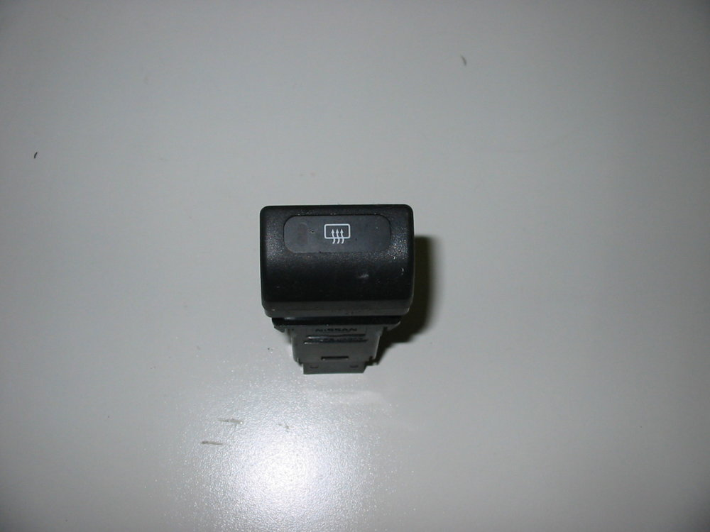Switch, Rear Defrost (1998-2001 Impreza)