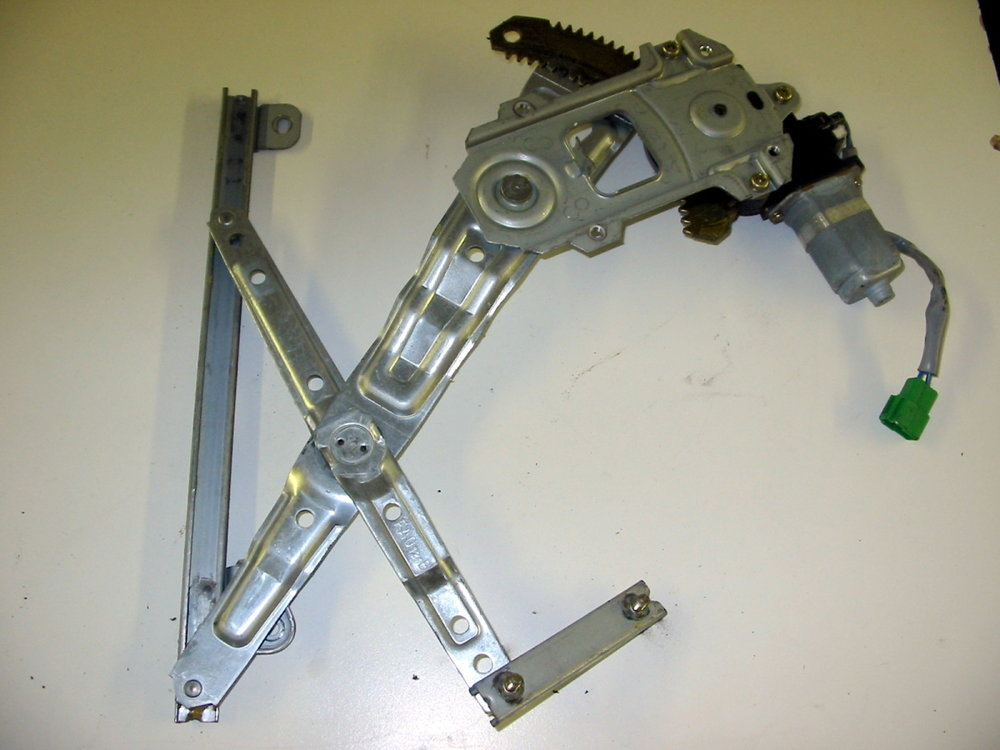Window Regulator, RR (1998-2001 Impreza)
