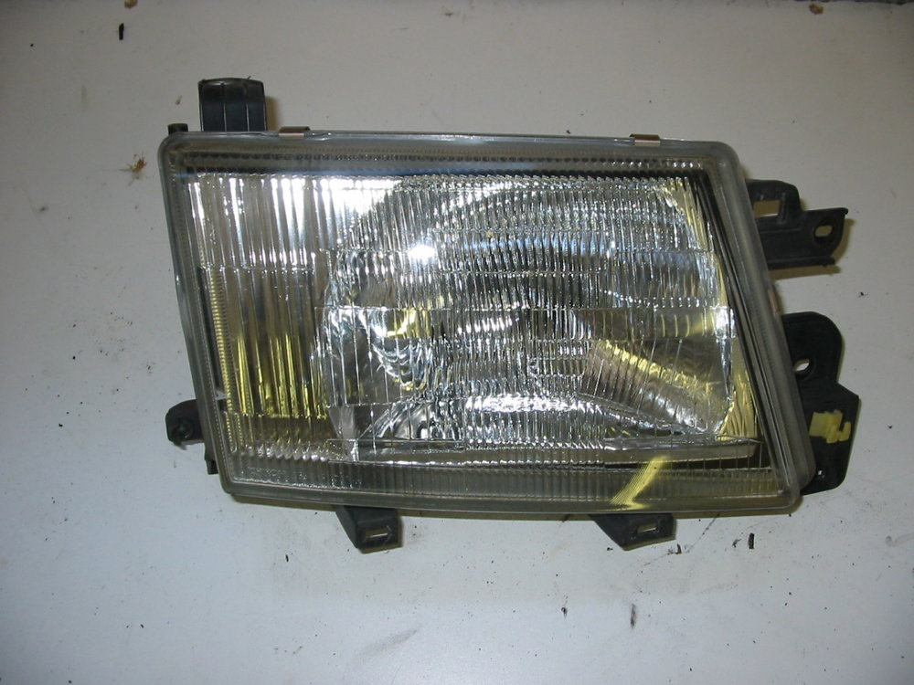 Headlamp, RH (1998-2002 Forester)