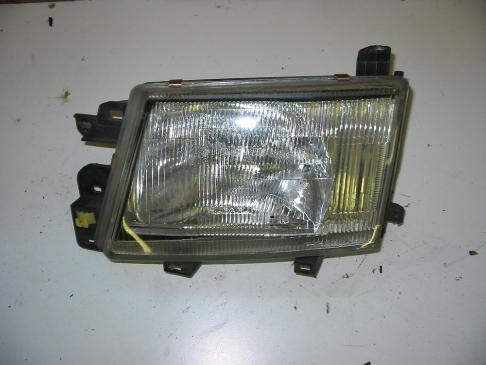 Headlamp, LH (1998-2002 Forester)