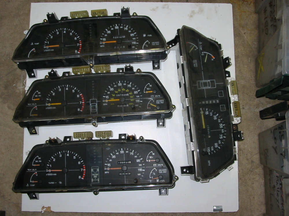 Instrument panels, analog (85-94 Loyale)