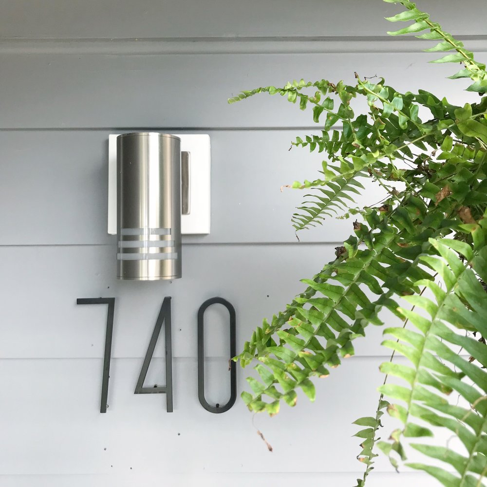 Midcentury exterior light and house numbers