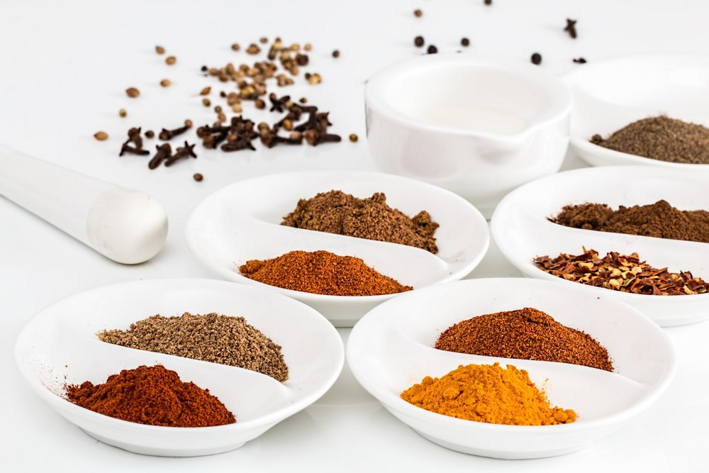 Varity of organic cooking spices
