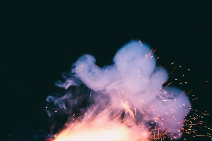 fireplace-1082011_1280