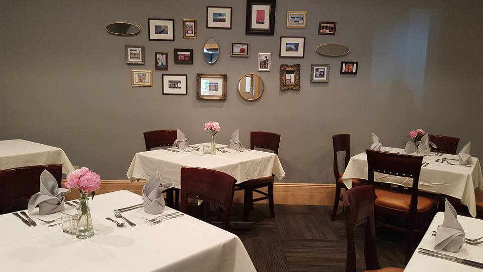 A variety of seating arrangements can be accommodated in the private dining room.