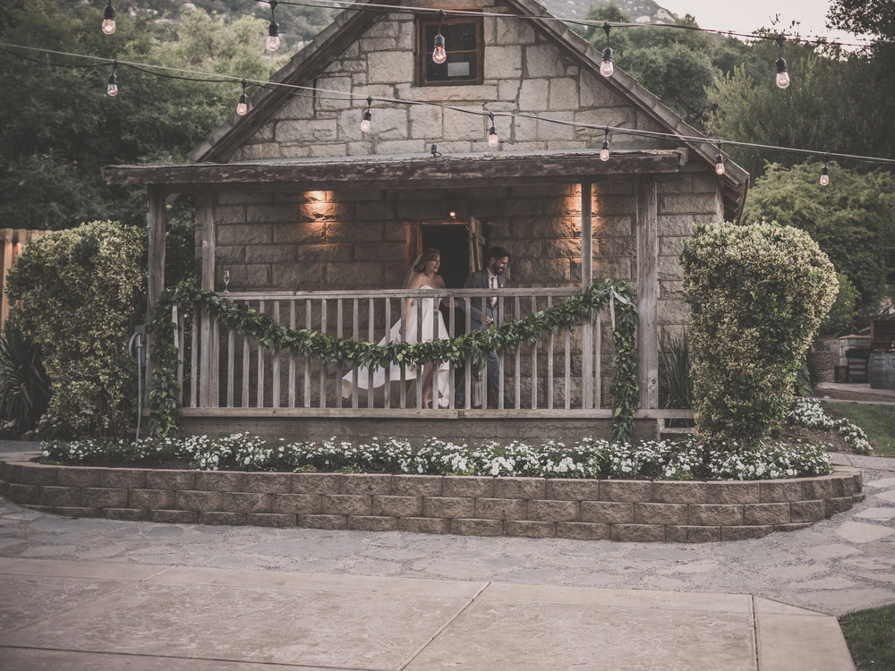 A STONE HOUSE ENTRANCE! CAN IT GET MORE PERFECT?!