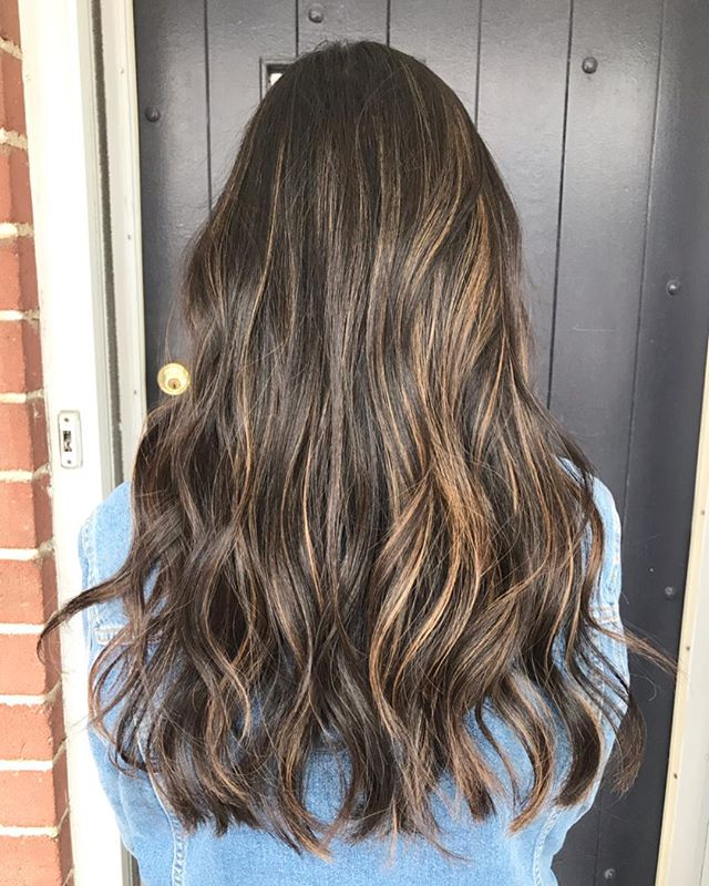 Christine  COL • @artandfury CUT • @thelostkiiddoeshair ⠀⠀⠀⠀⠀⠀⠀⠀⠀ #wachairgroup #hausofwac #wacattack #wearecreative #weactuallycare #davinesnorthamerica #donewithdavines #davinescolor #greencirclesalons #chlf #hairbrained #modernsalon #canadianhairdresser #behindthechair #balayage #teasylights #foilyage #carmelblonde #bronde #colourmelt #toner #longhair #curledwaves #texture #instahair #markhamsalon #mainstreetmarkham #danicolour #hairbythalz