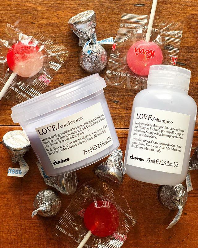 💜 LOVE / smoothing ⠀⠀⠀⠀⠀⠀⠀⠀⠀ Spend $70 or more on any Davines products and receive a free travel size Love Shampoo + Conditioner! ⠀⠀⠀⠀⠀⠀⠀⠀⠀ ⠀⠀⠀⠀⠀⠀⠀⠀⠀ Perfect for frizzy and unruly hair. ⠀⠀⠀⠀⠀⠀⠀⠀⠀ With Minuta Olive extract - Slow Food Presidium. Rich in fatty acids and vitamins, it has an elasticising and softening action. ⠀⠀⠀⠀⠀⠀⠀⠀⠀ ⠀⠀⠀⠀⠀⠀⠀⠀⠀ ⠀⠀⠀⠀⠀⠀⠀⠀⠀ From Mr. Carmelo Messina's farm in Ficarra, Messina, Italy. ⠀⠀⠀⠀⠀⠀⠀⠀⠀ #wachairgroup #boutique #davines #valentinesday #essentials #lovesmoothing #minutaolive #naturalorigins #slowfoodpresidium #farm #veganfriendly #glutenfree #parabenfree #sulphatefree #nottestedonanimals #sustainablebeauty #renewableenergy #lifegate #zeroimpactproject #bcorp #greencirclesalons