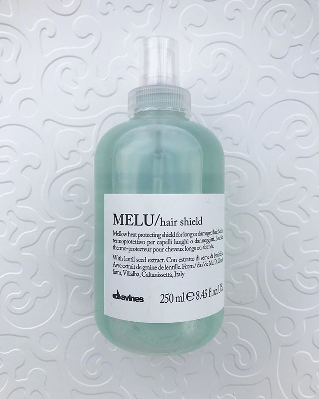 MELU ⠀⠀⠀⠀⠀⠀⠀⠀⠀ For long or damaged hair. ⠀⠀⠀⠀⠀⠀⠀⠀⠀ With Villaalba Lentil Seeds extract from Mr. Francesco Di Gesu's farm in Villalba, Caltanissetta - Slow Food Presidium. Rich in serine and glutammic acid, the most abundant amino acids in keratin, it nourishes and repairs. ⠀⠀⠀⠀⠀⠀⠀⠀⠀ Pictured above is MELU / hair shield. ⠀⠀⠀⠀⠀⠀⠀⠀⠀ Heat protecting shield that effectively protects the hair from heat stress caused by hot tools and blow driers. ⠀⠀⠀⠀⠀⠀⠀⠀⠀ #wachairgroup #boutique #davines #essentials #haircare #hairstyling #melu #hairshield #naturalorigins #slowfoodpresidium #farm #veganfriendly #glutenfree #noparabens #nosulphates #nottestedonanimals #biodiversity #foreststewardshipcouncil #sustainablebeauty #renewableenergy #lifegate #zeroimpactproject #bcorp #greencirclesalons