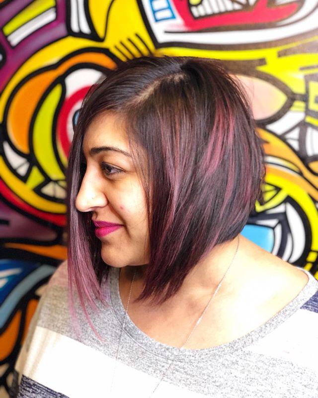 Saguna  COL • @artandfury CUT • @thelostkiiddoeshair ⠀⠀⠀⠀⠀⠀⠀⠀⠀ #wachairgroup #hausofwac #wacattack #wearecreative #weactuallycare #davinesnorthamerica #donewithdavines #davinescolor #greencirclesalons #chlf #hairbrained #modernsalon #canadianhairdresser #behindthechair #chocolatelavender #highlights #colormelt #layered #shorthaircut #bobhaircut #texture #instahair #markhamsalon #mainstreetmarkham #danicolour #hairbythalz