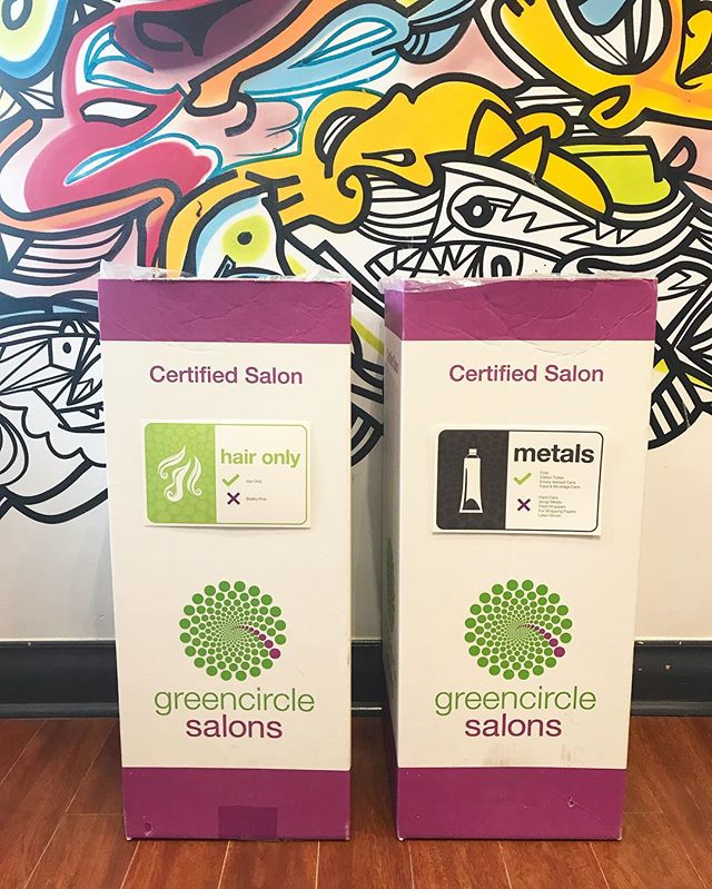 GO GREEN ♻️ ⠀⠀⠀⠀⠀⠀⠀⠀⠀ Did you know that we are a certified sustainable salon? ⠀⠀⠀⠀⠀⠀⠀⠀⠀ Through @greencirclesalons we've diverted tons of waste from our landfills and waterways by collecting, recycling and repurposing our salon's hair clippings, used foils, colour tubes, excess hair colour, plastics and glass. ⠀⠀⠀⠀⠀⠀⠀⠀⠀ Taking responsibility and action for our industry's impact on our environment is something Green Circle Salons has allowed so many salons/spas to do. We've become more conscious and respectful to our beautiful Earth that provides us with an abundance of life sustaining resources, so it is only right to to return the love by doing our part to keep it clean! ⠀⠀⠀⠀⠀⠀⠀⠀⠀ #wachairgroup #hausofwac #wacattack #wearecreative #weactuallycare #davinesnorthamerica #davinessalon #greencirclesalons #sustainability #sustainablesalon #ecofriendly #recycle #recover #repurpose #clean #markhamsalon #mainstreetmarkham #cityofmarkham