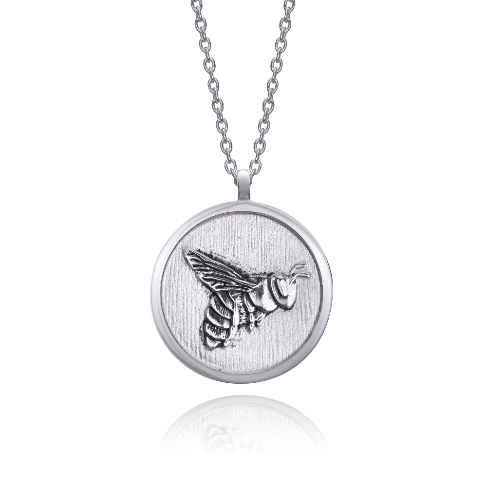bee-necklace-white