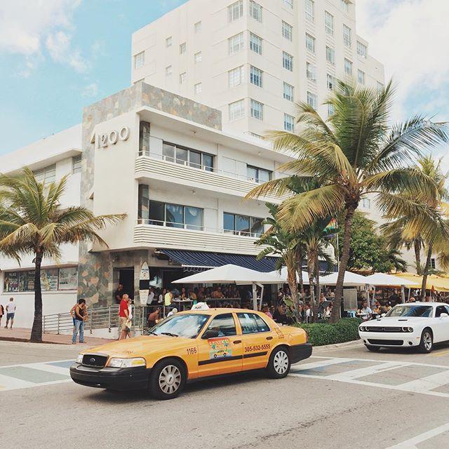 #Weekend // Muy triste que @palacesobe cierra sus puertas en #SouthBeach #Miami // #FinalWeekend #PalaceBar // Excelentes recuerdos en los #Brunch de este lugar tan especial!