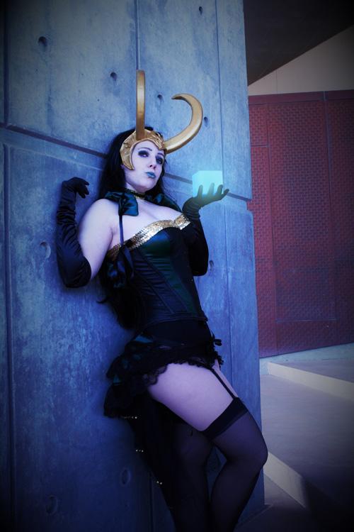 lady-loki-cosplay-01.jpg