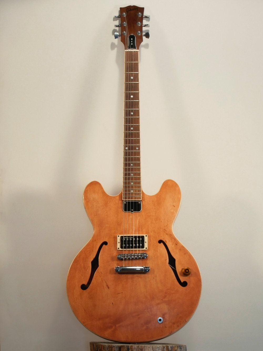 Gibson_333.jpg