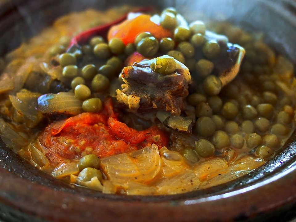 Deli Moroccan - Located on Bussorah Street, Kampong Glam, this restaurant serves Moroccan delicacies with the mixture of Mediterranian and Arabian traditional dishes. You have to try tagine, a Moroccan meat stew cooked in clay pot.