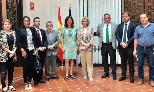 Representantes de STOP Impuesto Sucesiones, STOP Impuesto Sucesiones Aragón y Contra el Impuesto de Sucesiones Asturias
