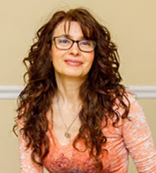 Lucy Goldstein - Meditating to Mindfulness