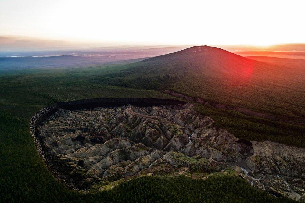 09_permafrost_batagaika-crater-046-.adapt.1900.1.jpg
