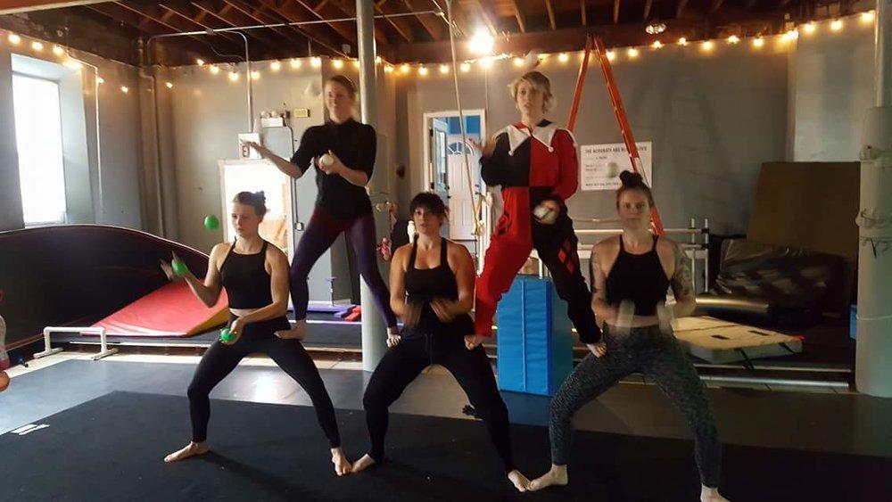 Pyramid Juggles!
