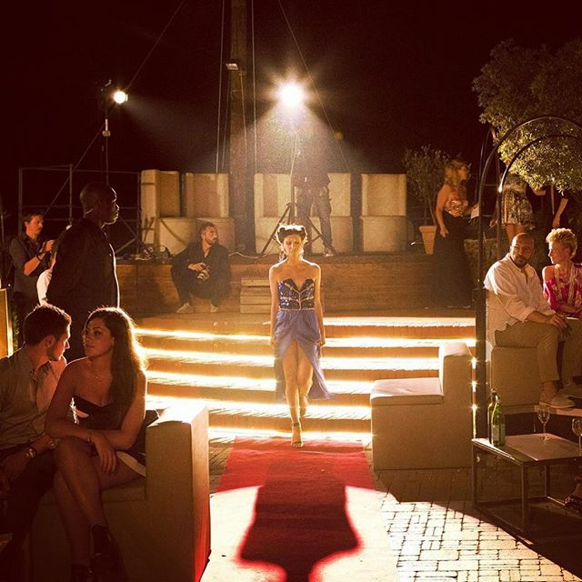 Ancora poche settimane per vivere la notte più esclusiva della Riviera. E quest'anno arriveranno grandi sorprese.. #PositiveCovo🚩 #covodinordest #nightlife #fashion #sfilate #exclusive #events #venue #riviera #santamargheritaligure #portofino #paraggi #genova #liguria #italy