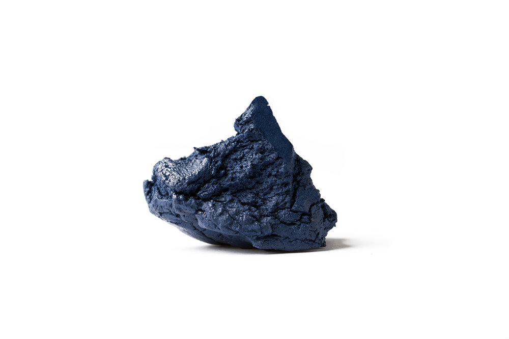 pierre bleu.jpg