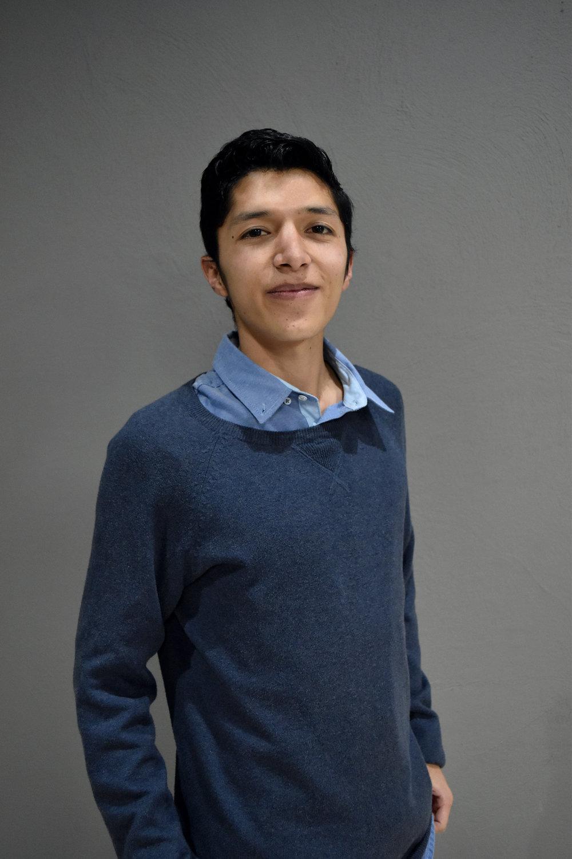 Paúl Cordova    Egresado de Economía de la Pontificia Universidad Católica del Ecuador, con interés en el campo de la econometría. Motivado por la búsqueda y generación de conocimiento mediante la analítica de datos. Futuro científico de datos, busca aportar a la solución de problemáticas sociales que acontecen en su país. Actualmente, se encuentra realizando su disertación de grado sobre los riesgos del sistema bancario privado y forma parte del equipo de Datalat.
