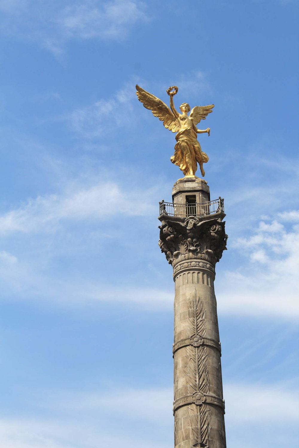 Angel-of-Independance_close-up.jpg