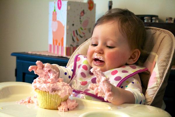 Emma Smash Cake