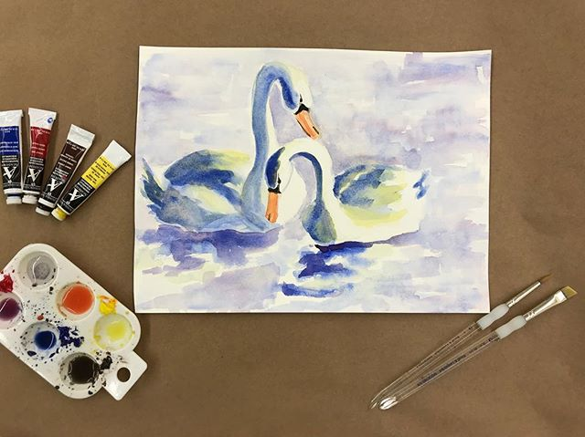 Making a couple of love birds for class today, come watercolor with us! ❤️🎨❤️