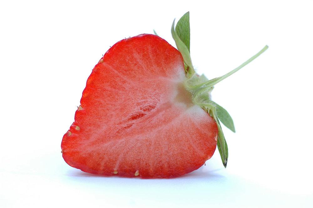 Half_a_strawberry.jpg