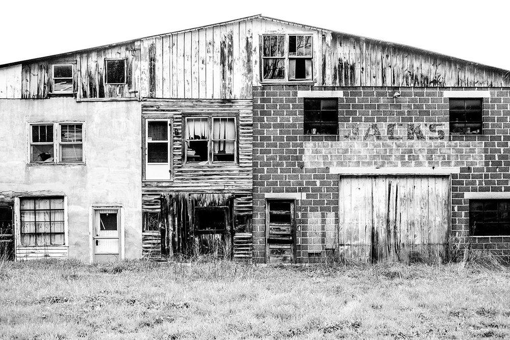 Jack's Garage, Atkins, Virginia VA, United States by Leica Photographer Manuel Guerzoni